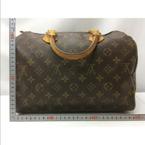 Extra pix: Louis Vuitton Speedy 30 Bag (2 of 2)